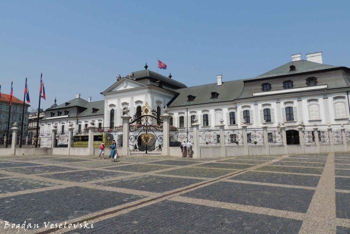 Grassalkovich Palace (Grasalkovičov palác)