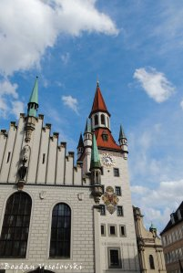 01. Old Town Hall (Altes Rathaus)