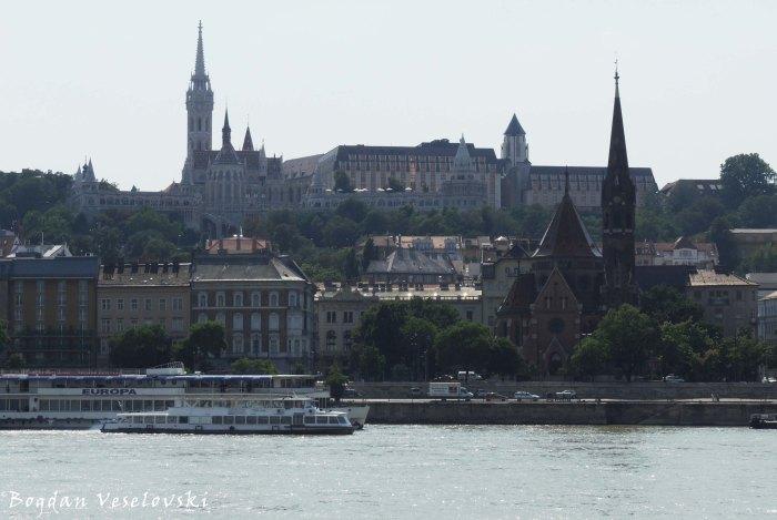 02. Danube, Matthias Church, Fisherman's Bastion & Calvinist Church (Duna, Mátyás-templom, Halászbástya & Budai Református Gyülekezet)