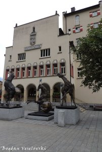 03. City Hall (Rathaus)