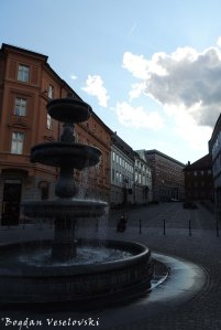 03. Fountain (junction between Breg and Novi trg)