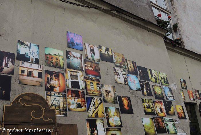 04. Art corner street