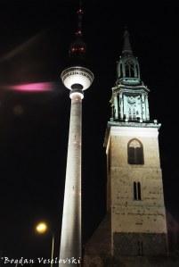 05. Berlin TV Tower & St. Mary's Church (Fernsehturm & Marienkirche)
