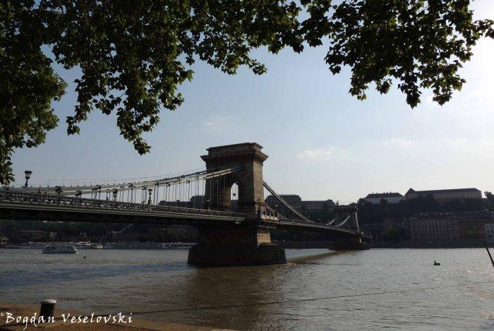 06. Széchenyi Chain Bridge (Széchenyi lánchíd)