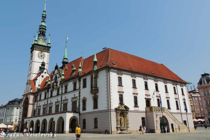 07. City Hall (Radnice)