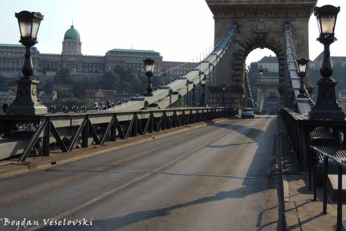 08. Buda Castle & Széchenyi Chain Bridge (Budavári Palota & Széchenyi lánchíd)