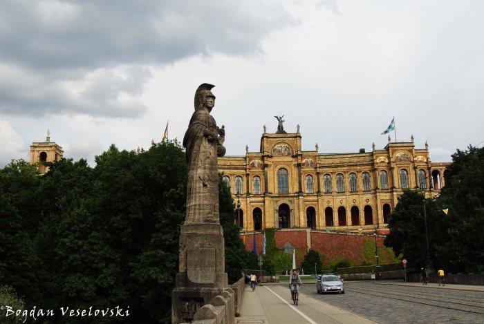09. Maximilianeum