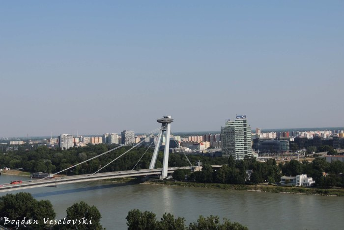 11. Bridge of the Slovak National Uprising over Danube with UFO restaurant (Most Slovenského národného povstania)