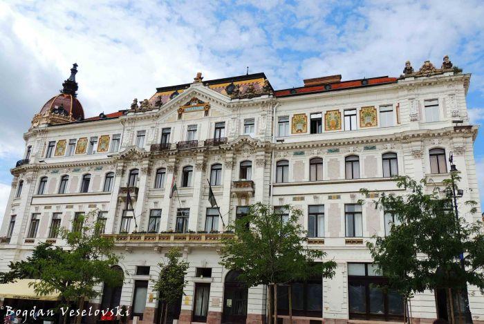 13. Pécs County house (Megyeháza)