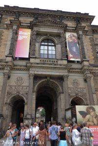 13. Semper Gallery (Sempergalerie)