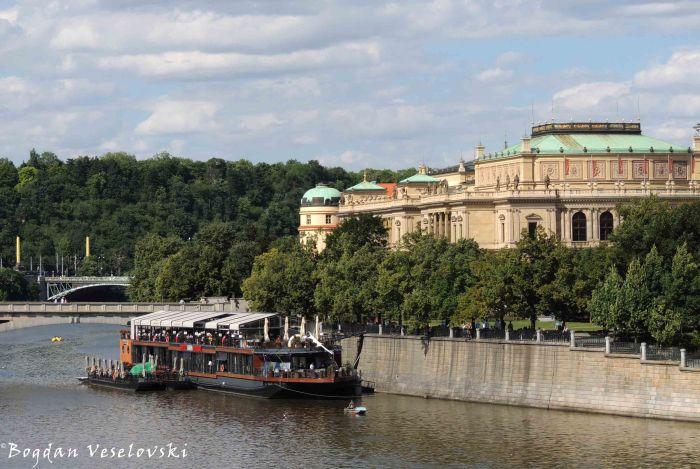 17. Vltava & Rudolfinum