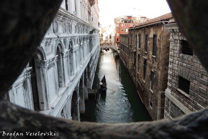 21. Ponte della Canonica seen from Bridge of Sighs (Ponte dei Sospiri)