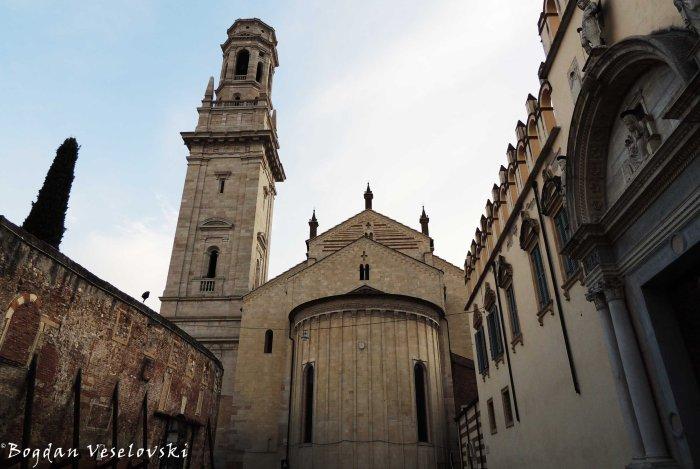 23. Bell tower & apse of Verona Cathedral (Abside e campanile del Duomo di Verona)