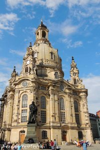 24. Martin Luther Statue & Church of Our Lady (Frauenkirche)