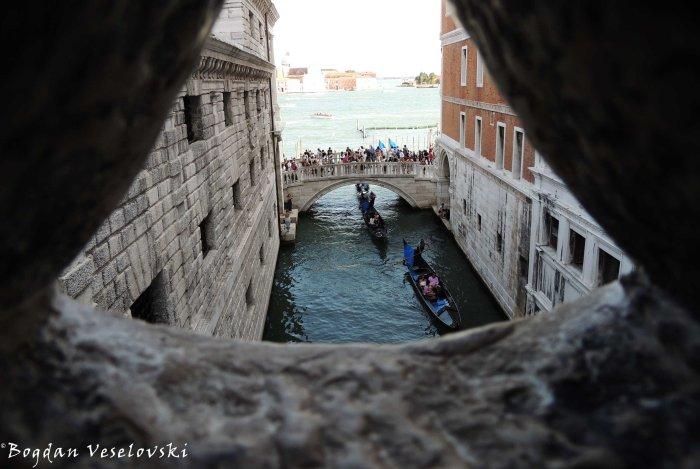 24. Ponte della Paglia seen from the Bridge of Sighs (Ponte dei Sospiri)