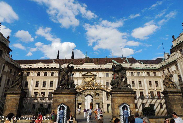 24. Prague Castle (Pražský hrad)