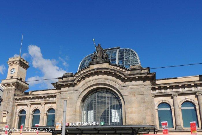 26. Dresden Hauptbahnhof