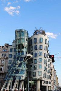 46. Milunić and Gehry's Dancing House (Tančící dům)