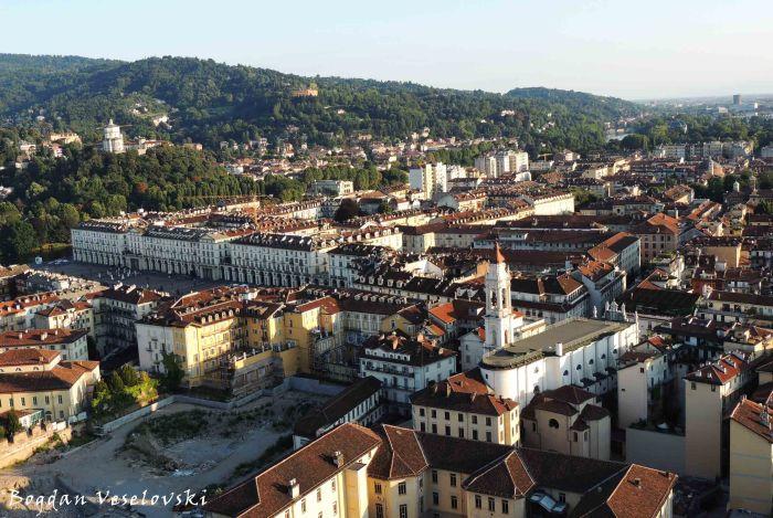 03. City view (Santa Maria di Monte dei Cappuccini & Chiesa della Santissima Annunziata)