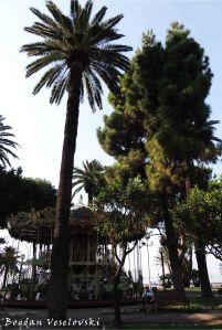 05. Carousel on Promenade du Paillon