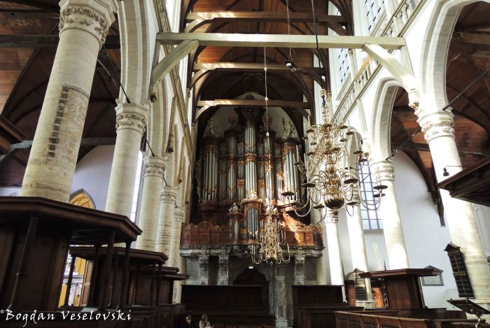 08. Pipe organ in the Old Church (Oude Kerk)