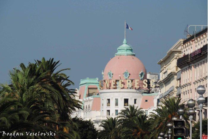 09. Hotel Negresco