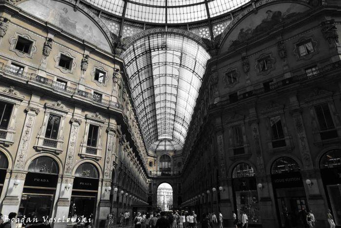11. Galleria Vittorio Emanuele II