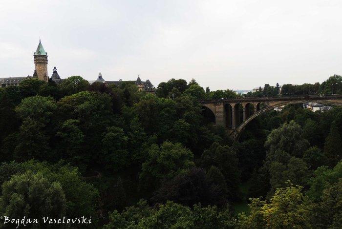 12. Adolphe Bridge (Adolphe-Bréck)
