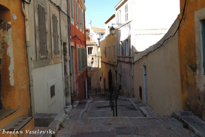 12. Rue des Moulins