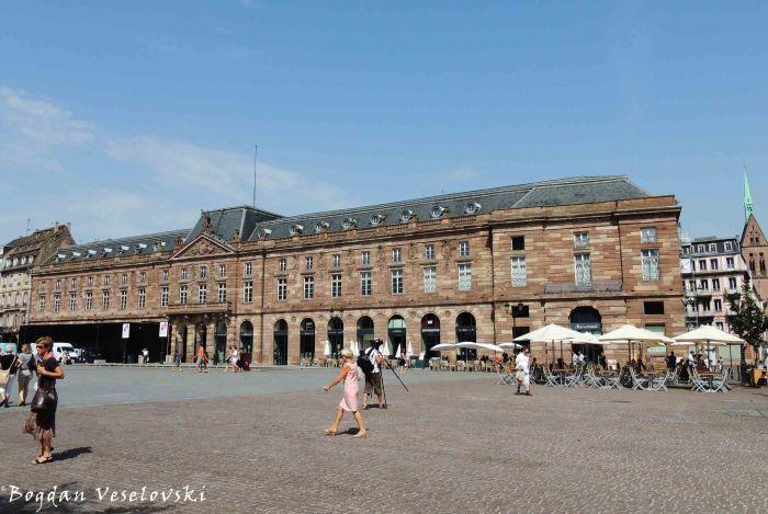 15. Aubette Palace