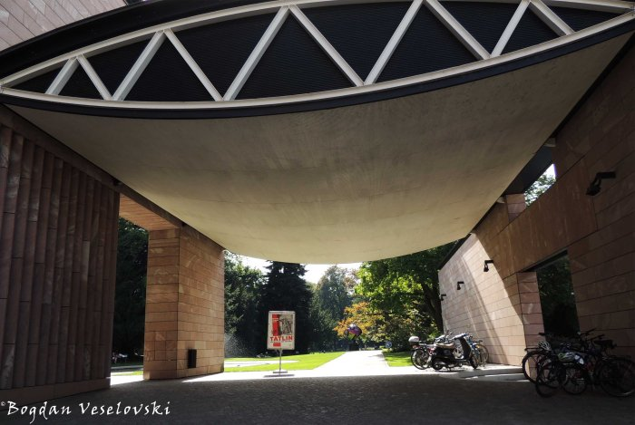 15. Museum Tinguely