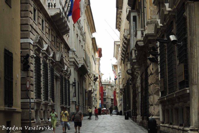 17. Via Garibaldi (Strada Nuova) - UNESCO