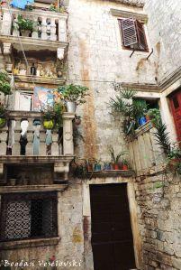 18. Flowered balconies