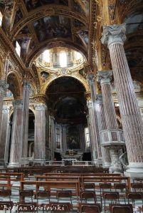 20. Basilica della Santissima Annunziata del Vastato