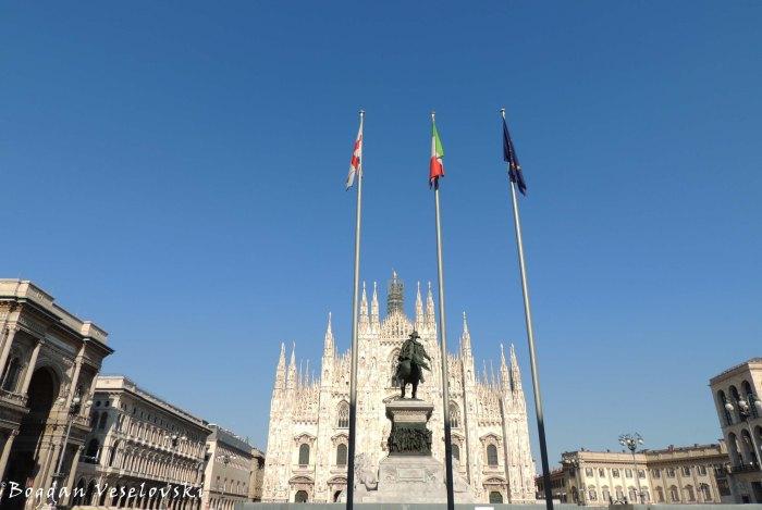 26.  Cathedral Square (Piazza del Duomo)