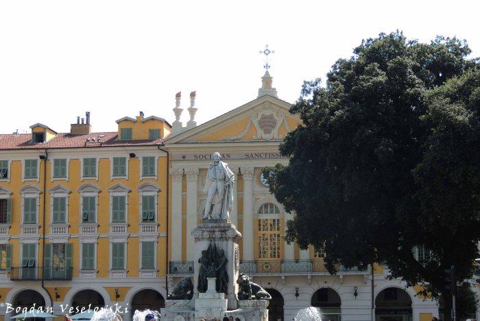 29. Monument to Giuseppe Garibaldi in front of Chapelle du Saint-Sépulcre de Nice