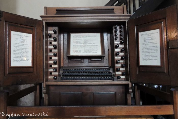30. 1741 Silbermann organ, played by Wolfgang Amadeus Mozart in 1778 and faithfully restored in 1979 by Alfred Kern