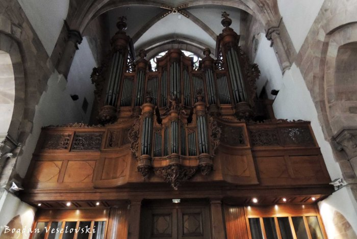 31. 1741 Silbermann organ, played by Wolfgang Amadeus Mozart in 1778 and faithfully restored in 1979 by Alfred Kern