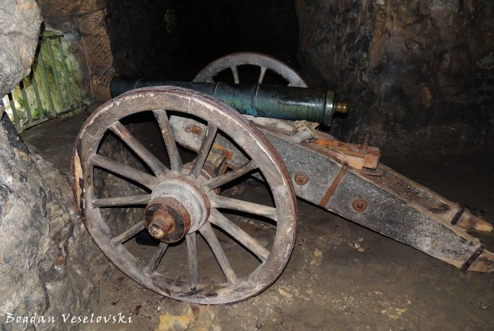 32. Cannon in Petrusse Casemates (Petrusskasematten)
