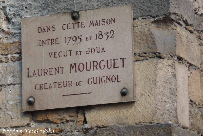 32. Memorial plaque - Laurent Mourguet, creator of marionnette Guignol