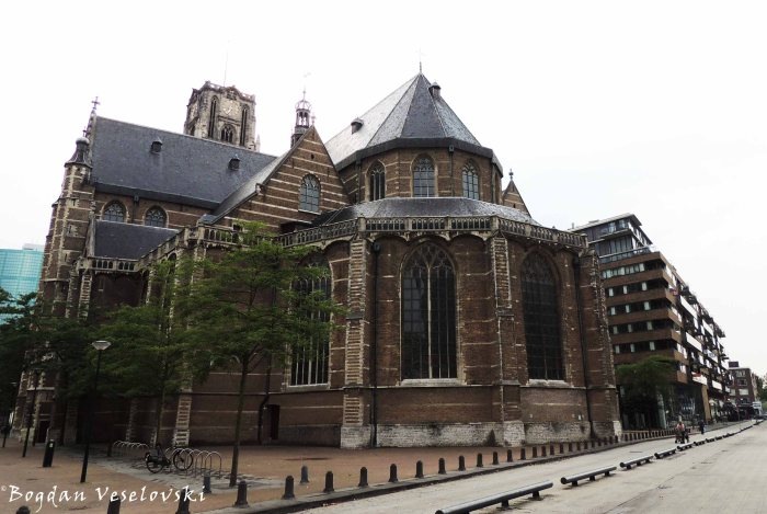 32. St. Lawrence Church (Grote of Sint-Laurenskerk)