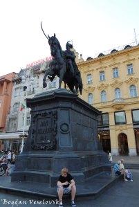 34. Ban Jelačić statue