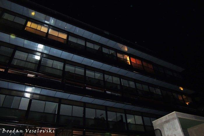 38. Immeuble Clarté by Le Corbusier & Pierre Jeanneret