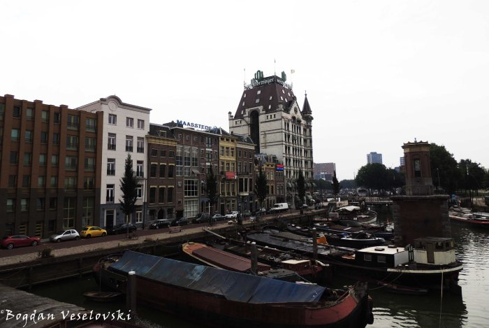 39. Old Harbour & White House (Oude Haven & Witte Huis)