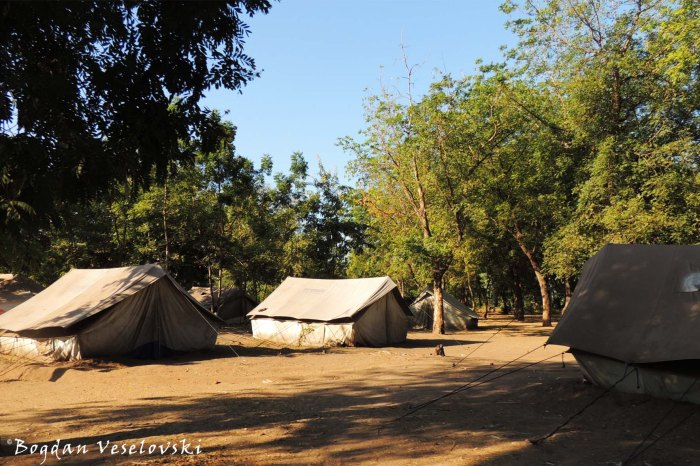 Ngabu - tents for flood victims