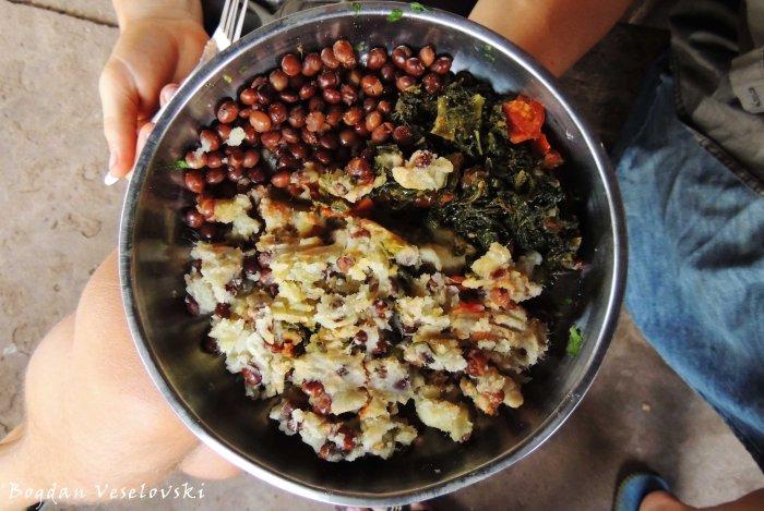 Pigeon peas with potatoes & masamba