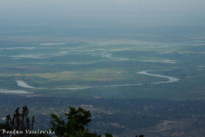 Shire river seen from Chididi