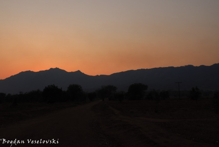 Sunset road to Chididi