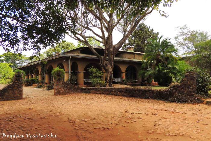 Huntingstone House