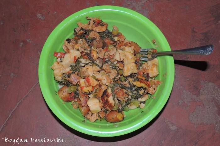 Nsima, potatoes, masamba & tomatoes